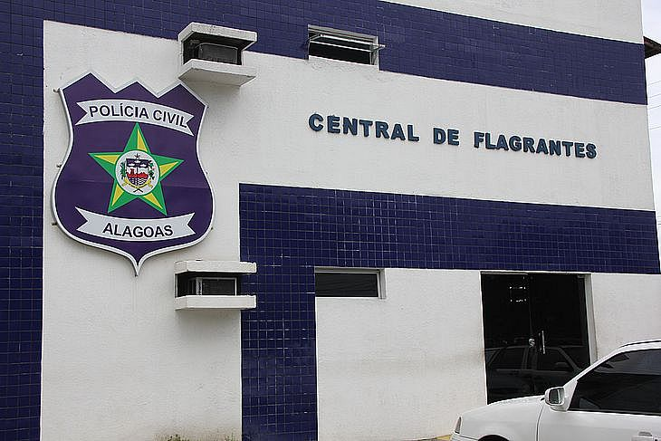 Luiz Fernando e o menor foram levados para a delegacia