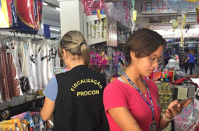 Procon Maceió divulga pesquisa de preços de itens para o Carnaval