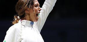 Brasileira conquista primeiro título do país no Mundial de esgrima