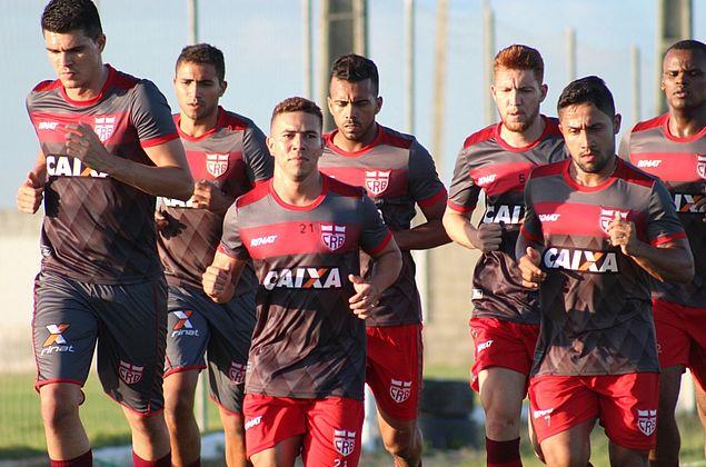 Ferrugem mira estreia do CRB contra o Londrina na Série B do Brasileiro