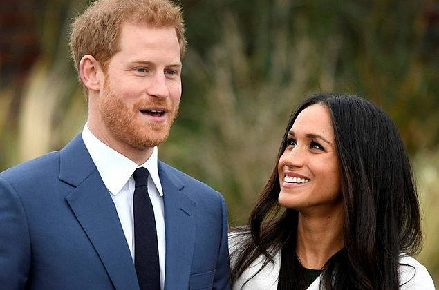 Príncipe Harry e Meghan Markle anunciam gravidez e agitam redes sociais
