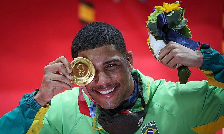 Número de ouros iguala Rio. Total de medalhas é o maior na história