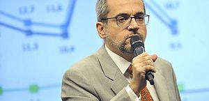 Senadores aprovam convocação de Weintraub por falas em reunião