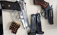 Armas e munições foram apreendidas