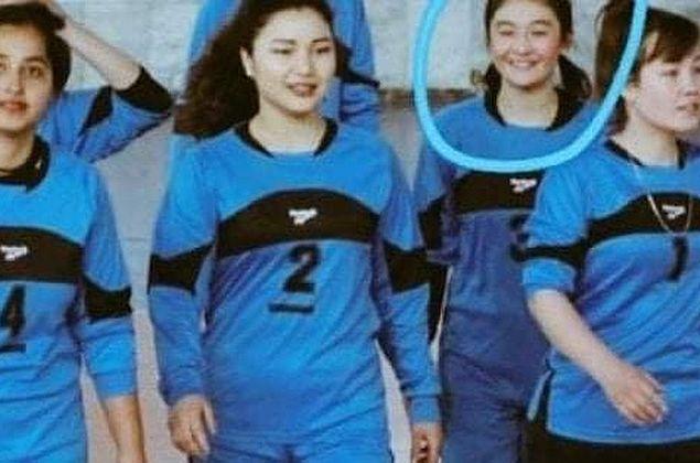 Jogadora de vôlei do Afeganistão morre decapitada por não seguir regras do Talibã, diz jornal