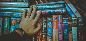 Fãs de filmes antigos procuram (e nem sempre acham) títulos em plataformas de streaming