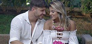Lucas presenteia Hariany com flores em 'A Fazenda 11', e ela aceita pedido de namoro do peão