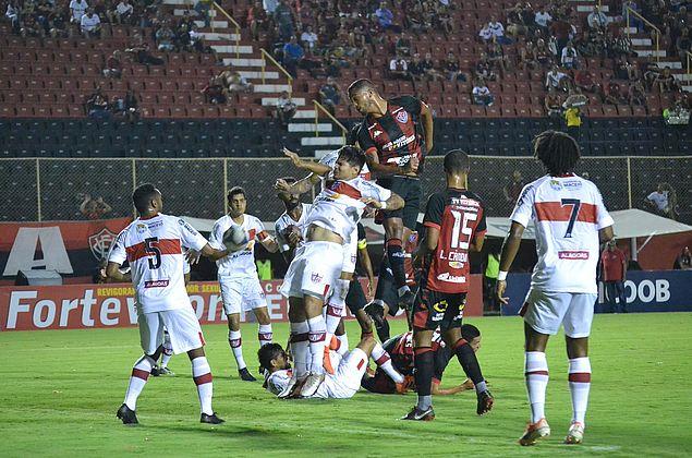 Cabo questiona critérios, diz que árbitro minou CRB e perseguiu Léo Ceará