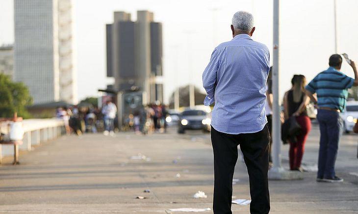 Pessoas com mais de 60 anos representam quase 18% dos brasileiros