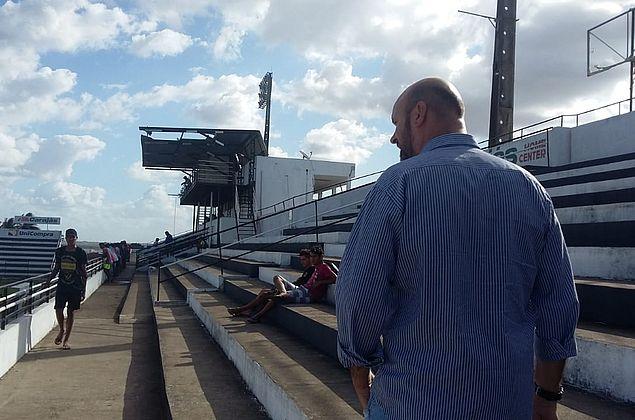 Técnico Alan Dotti chega a Arapiraca e assiste avaliação dos atletas do sub-20 do ASA