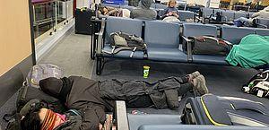 Com voos cancelados, brasileiros relatam caos no Aeroporto de Santiago
