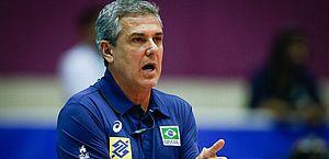São Paulo anuncia time de vôlei e contrata tricampeão olímpico para cargo de treinador