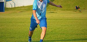 Argel mexe em duas peças para enfrentar o Cruzeiro; Ricardo Bueno está fora