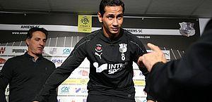 Sem Neymar, PSG goleia time de Ganso e segue 100% no Francês
