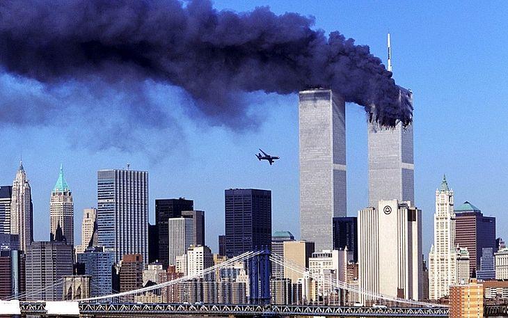 Há 20 anos, as duas torres do World Trade Center foram atingidas por dois aviões, em um ataque terrorista ligado à Al Qaeda