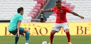 Fortaleza recebe valor da transferência de Everton Cebolinha e torce por futura negociação