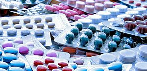 Governo Federal desmente suspensão de contratos para fabricação de 19 remédios